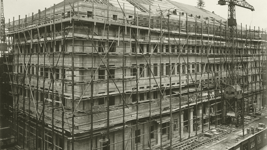 Construction of the main building in Zurich