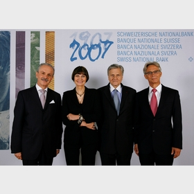 Group photo (from left to right): Jean-Pierre Roth (SNB), Micheline Calmy-Rey (Swiss Confederation), Jean-Claude Trichet (ECB), Hansueli Raggenbass (SNB)