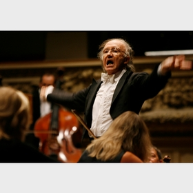 Heinz Holliger, Conductor of the Tonhalle Orchestra